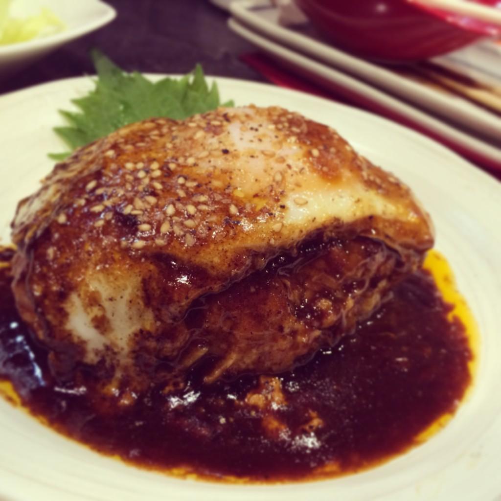 小林駅から徒歩5分!とろ〜りとろけけるつくねハンバーグが超美味かった!
