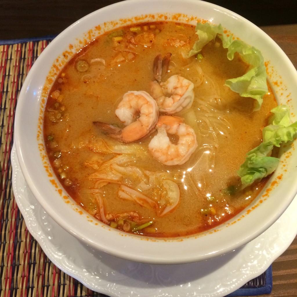タイ料理 マイタイ トムヤンクンヌードル