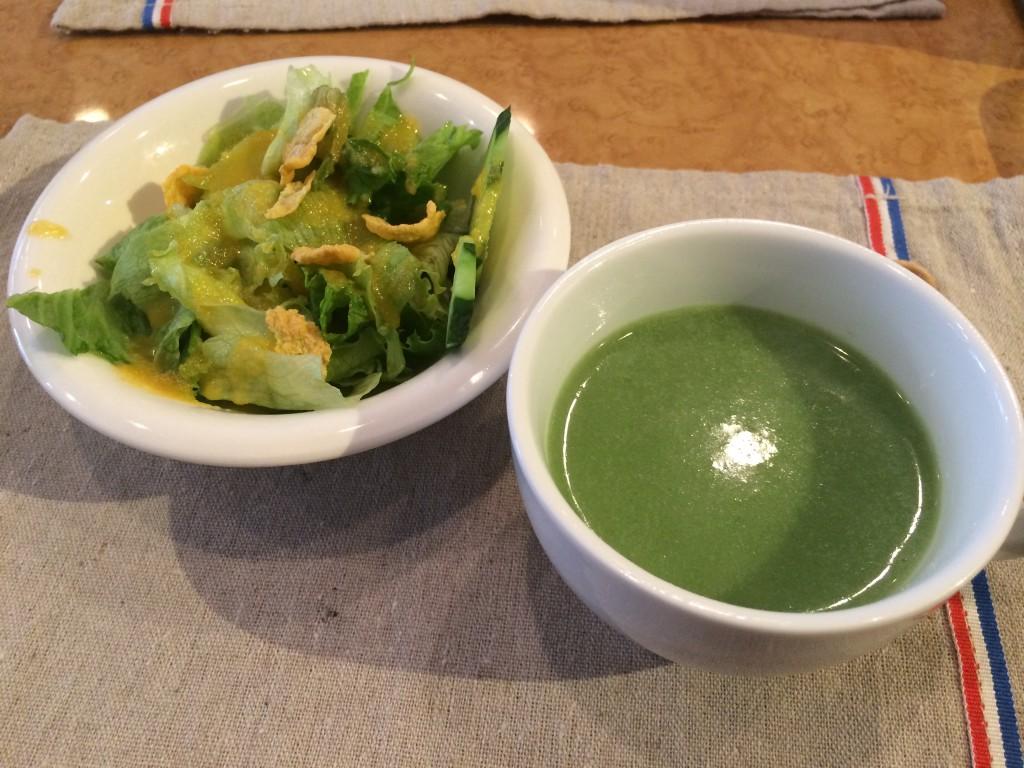 エヴァーグリーンのランチ前菜とスープ